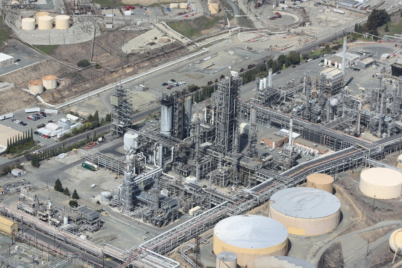 refinery, oil, aerial-109025.jpg